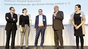 Die drei ScienceSlammer: Dr. Julian Dörr, Theresa Eyerund und Simon Reif