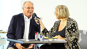 Prof. Rodenstock beantwortet Fragen von Carmen Thomas