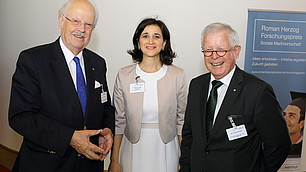 Prof. Dr. Otto Wulff, Dr. Nese Sevsay-Tegethoff und Dr. Fritz Kempter (von links)