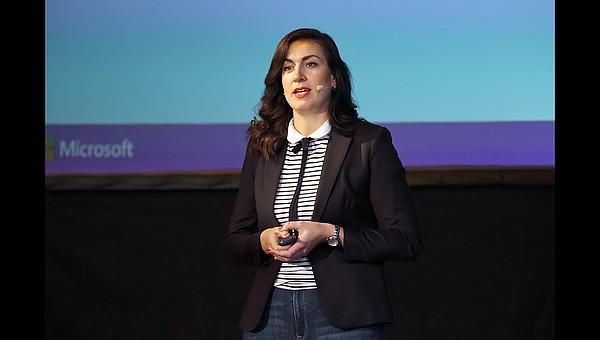 Klassische Unternehmenskommunikation ist out - Magdalena Rogl von Microsoft beim RHI Symposium 2019