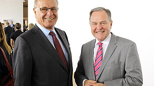 Staatsminister a.D. Wolfgang Heubisch mit dem Gastgeber Rodenstock