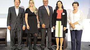Die Drittplazierten: Prof. Dr. Edinger-Schons und Dr. Castelon