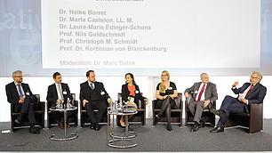 Moderierter Generationentalk: Die Wirtschaftsweisen von heute im Gespräch mit den Preisträgern