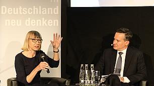 Soziologin Sabine Pfeiffer kritisierte, dass zu viel über Digitalisierung gesprochen wird aber zu wenig mit denjenigen, die es tatsächlich betrifft.