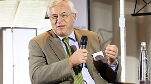 Prof. Karl-Walter Jauch gibt Einblicke