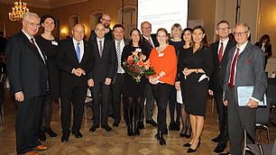 Gruppenfoto mit Referenten und Veranstaltern