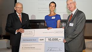 Roman Herzog, die Preisträgerin Charlotte Bartels und Karl Homann