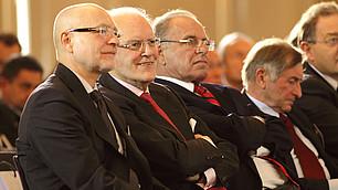 Roman Herzog mit (von links nach rechts) Udo Di Fabio, Randolf Rodenstock und Alois Glück, RHI-Symposium am 25. November 2010