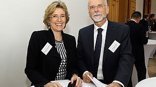 Angelique Renkhoff-Mücke und Dr. Thomas Klein von WAREMA Renkhoff SE