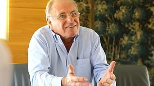 Prof. Randolf Rodenstock, Vorstandsvorsitzender des RHI, hakt nach
