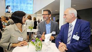 Gedankenaustausch nach der Veranstaltung: Dr. Nese Sevsay-Tegethoff, Volker Leinweber und Dr. Michael Stahl