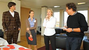 Die Experten beim Brainstorming: Prof. Kehr, Dr. Braun, Prof. Fischer und Prof. Frey (v. l.)
