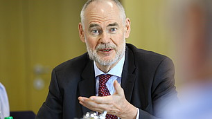 Prof. Dr. Gerd G. Wagner macht seine Ansicht deutlich