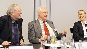 Prof. Dr. Soeffner mit Prof. Dr. Dr. Karl Homann und Prof. Dr. Claudia Peus (v. l.)