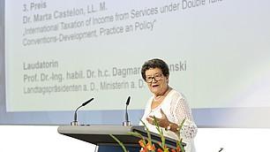 Laudatorin Prof. Dr.-Ing. habil. Dr. h.c. Dagmar Schipanski
