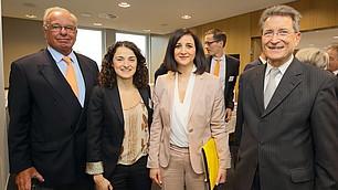 (v. l.) Prof. Rodenstock, Esra Kücük, Dr. Nese Sevsay-Tegethoff und Prof. Wolfgang Huber
