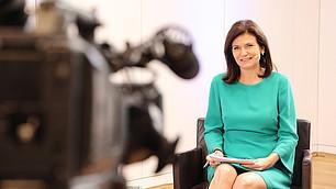 Monika Gehlert, München TV, moderiert engagiert und souverän