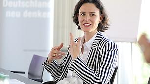 """Tina Maier-Schneider: """"Wie kann man das Ordnungs- und politische System zukunftsfest gestalten?"""""""