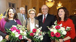 Blumen für die Referentinnen
