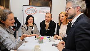 RHI-Interaktionsforum: Teilnehmer im direkten Austausch